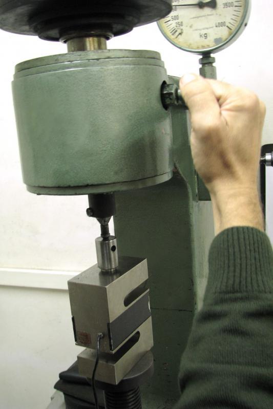 Calibração de durômetro brinell